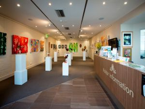 Australian National Botanic Gardens Visitor Centre Gallery - Tourism TAS